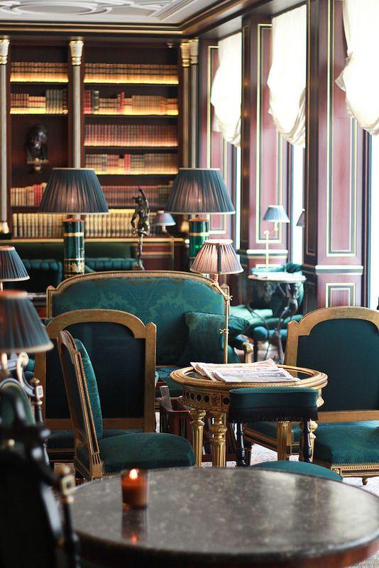 La r serve paris hotel library classical interior design for Hotel design paris 8