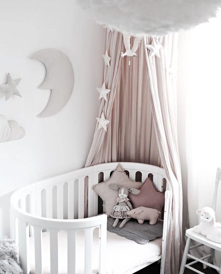 Baby S Cot Kids Pinterest Nursery Nursery Design Und Cribs