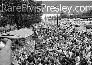 "August 17, 1977 - U.S. President Carter issued the statement, ""Elvis Presley's death deprives our country of a part of itself. He was unique and irreplaceable."""