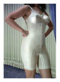 602e8b2141518 White Long Leg Body Briefer