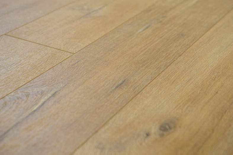 Kronotex Stunning Tower Oak Nature Www Saleflooringdirect Co Uk Find Us On Facebook And Twitter With Images Flooring Sale Cheap Laminate Flooring Floors Direct