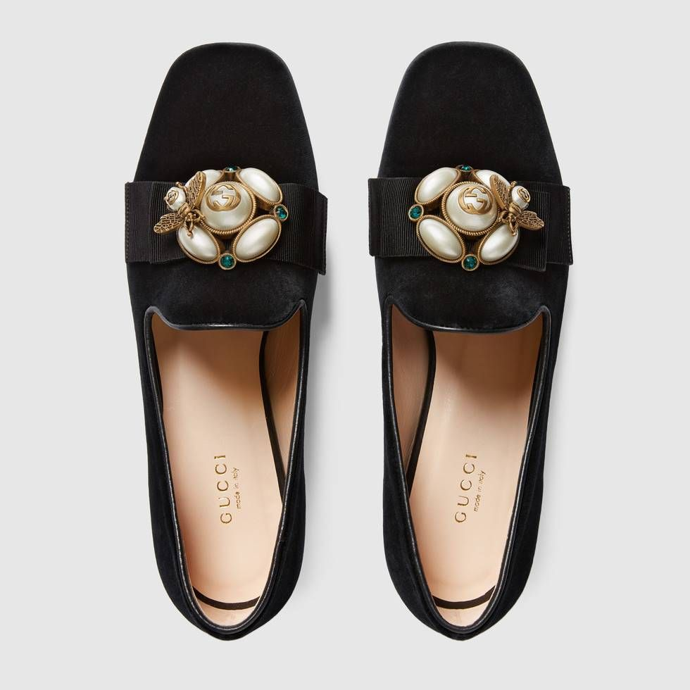 503b6c32b Gucci Velvet ballet flat with bee-- 11   Need!   Shoes, Gucci flats ...