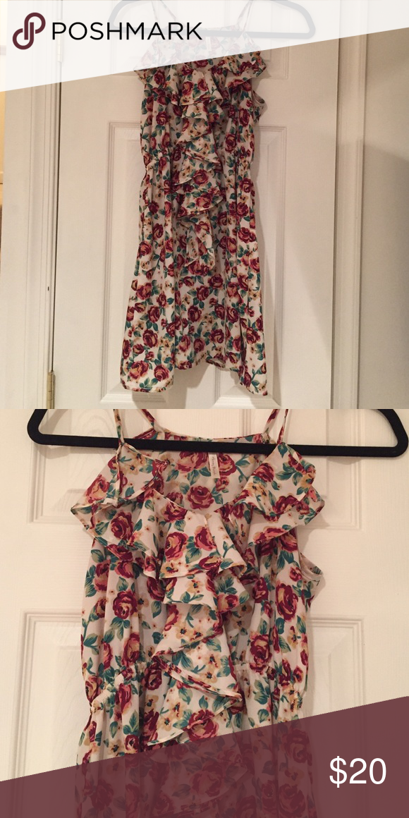 Rose printed dress Rose printed dress with ruffles down the front. Burgundy and tan. From beach boutique. Dresses Mini