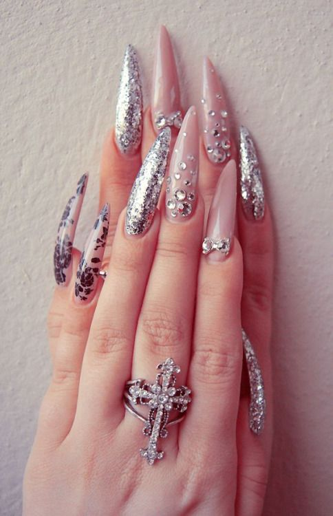 Pin de Ninive Salas en uñas | Pinterest | Diseños de uñas, Arte de ...