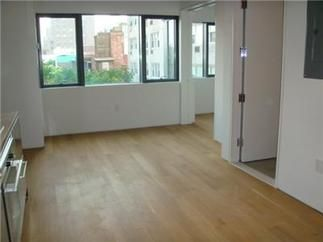 Brand new full service condominium in UNION SQUARE!!! Unfurnished for $3600, furnished for $3700. (Furniture is included Bed, 1 chair, 1 night lamp, 1 room lamp, TV with TV stand, DVD prayer, Dinning table with 2 chairs, Clock, Sofa with 2 pillows, Mirror, Vacuum cleaner.) Apt has good lights with open view, Bosch W/D, big closet. Fitness center, launge, common outdoor space is included in the rent.