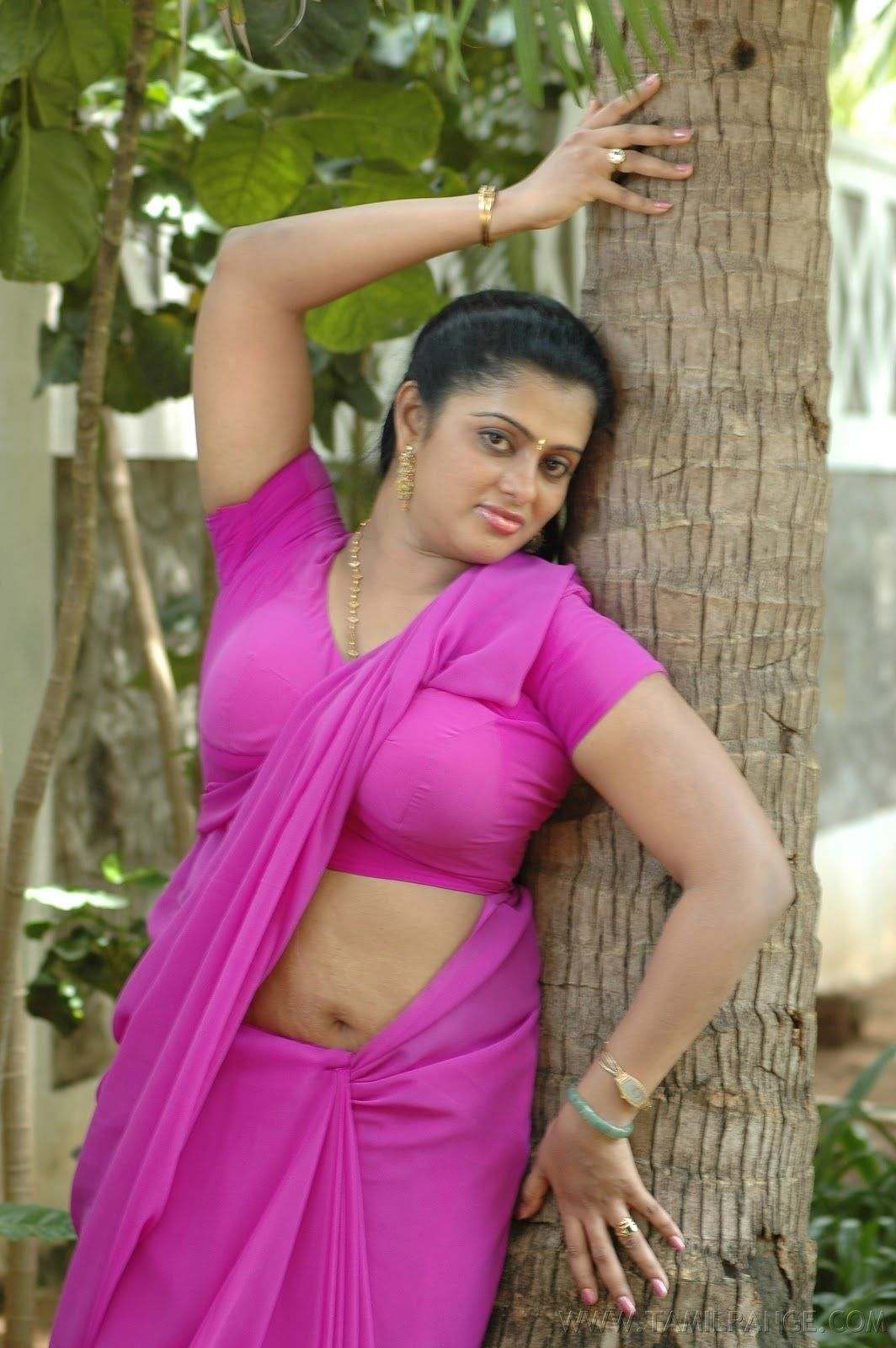Photo chavi movie kalla hot saree