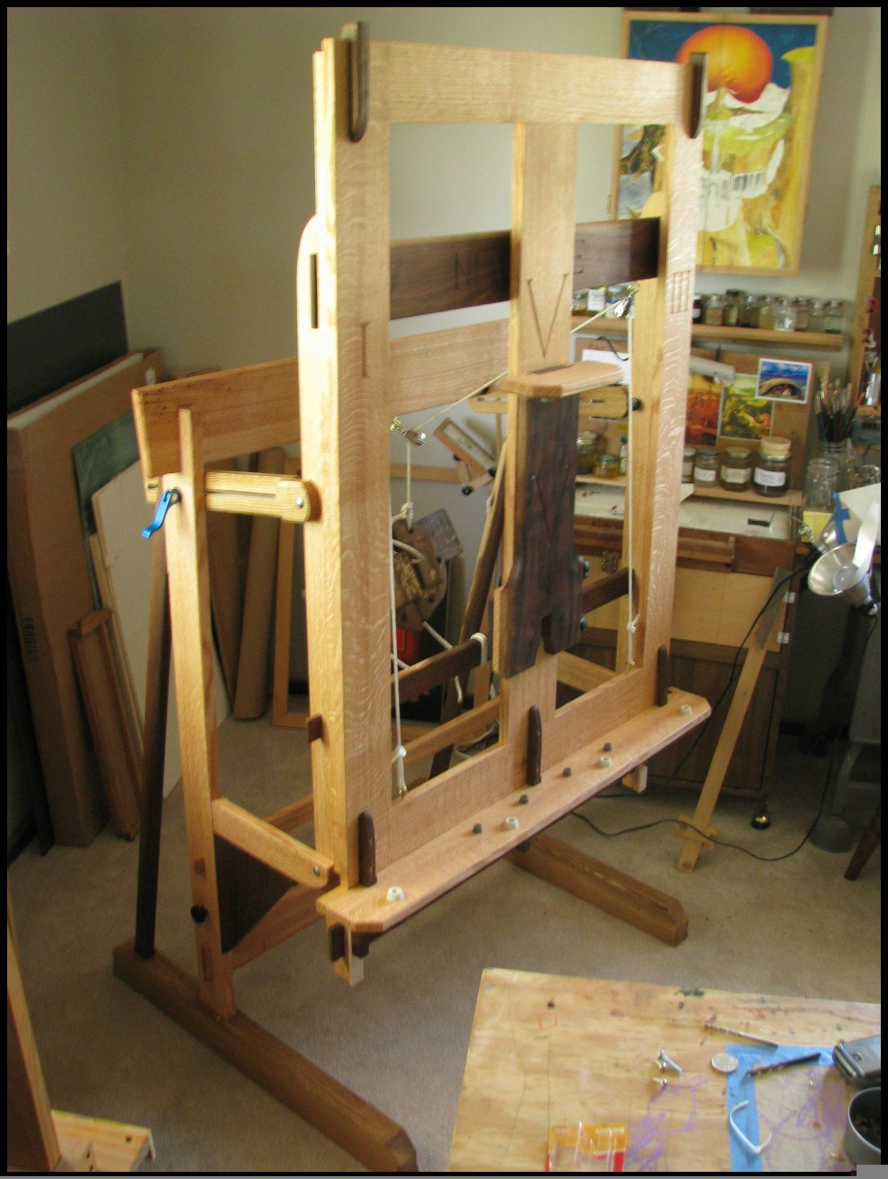 Build Woodworking Easel Plans Diy 1 Sheet Plywood Projects Woodworkin In 2020 Woodworking Projects Furniture Woodworking Furniture Plans Woodworking Projects That Sell
