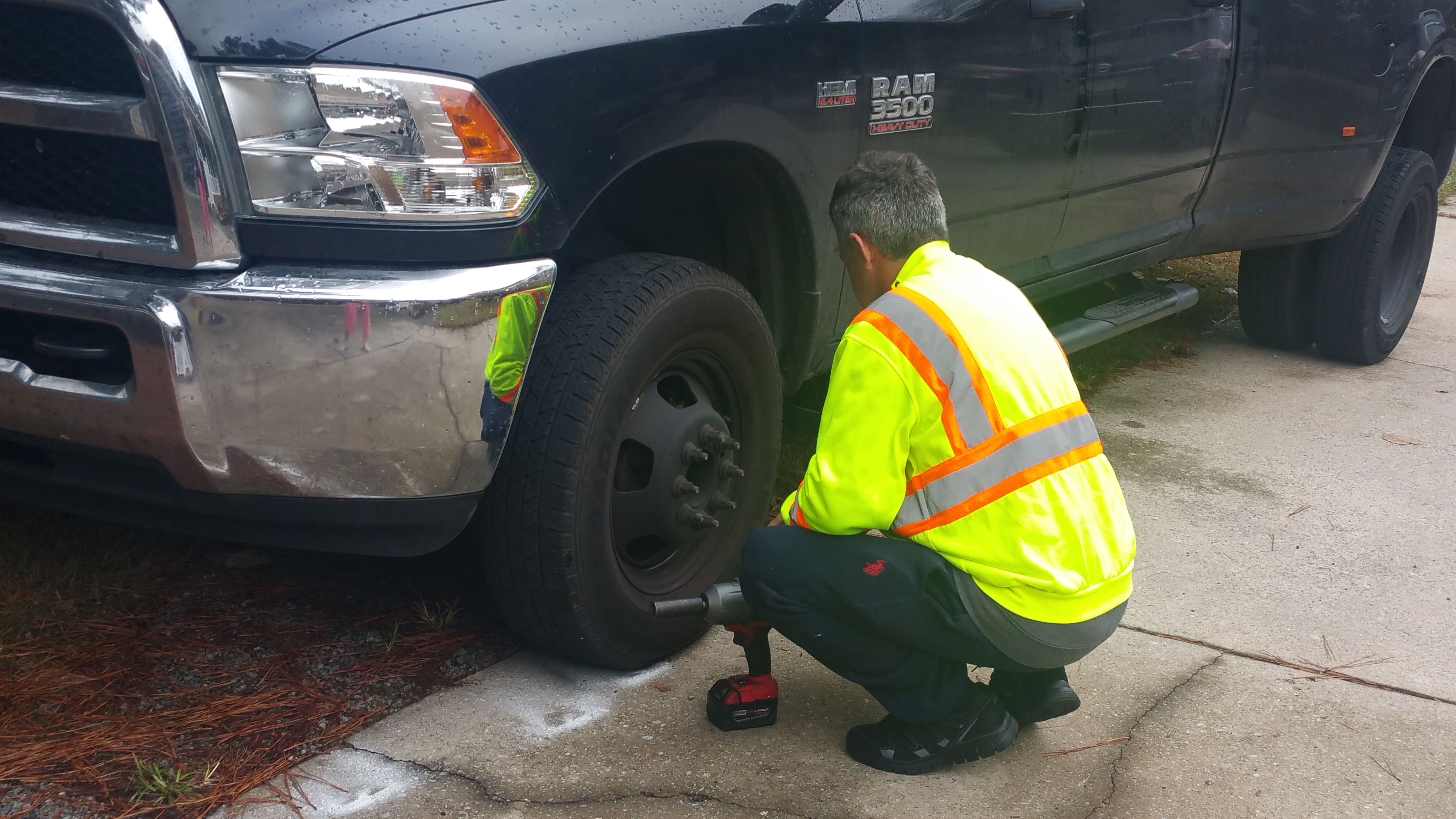 Flat tire call us now for the winter promotion 678 916