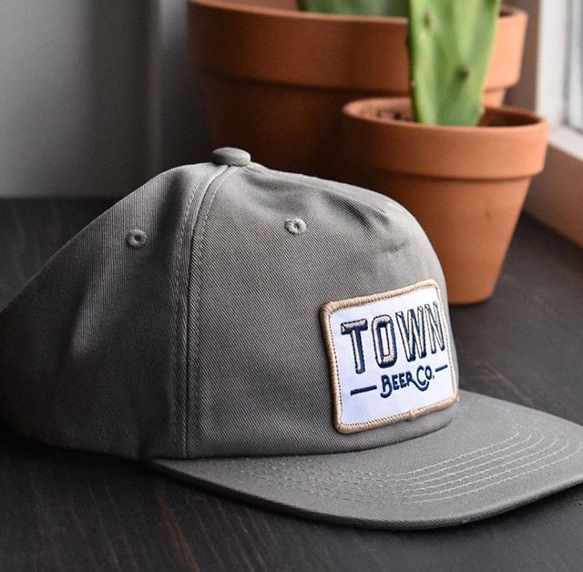 483ea5ea3a9 ... 5 Panel Strapbacks in Light Grey - embellished with a woven damask  patch