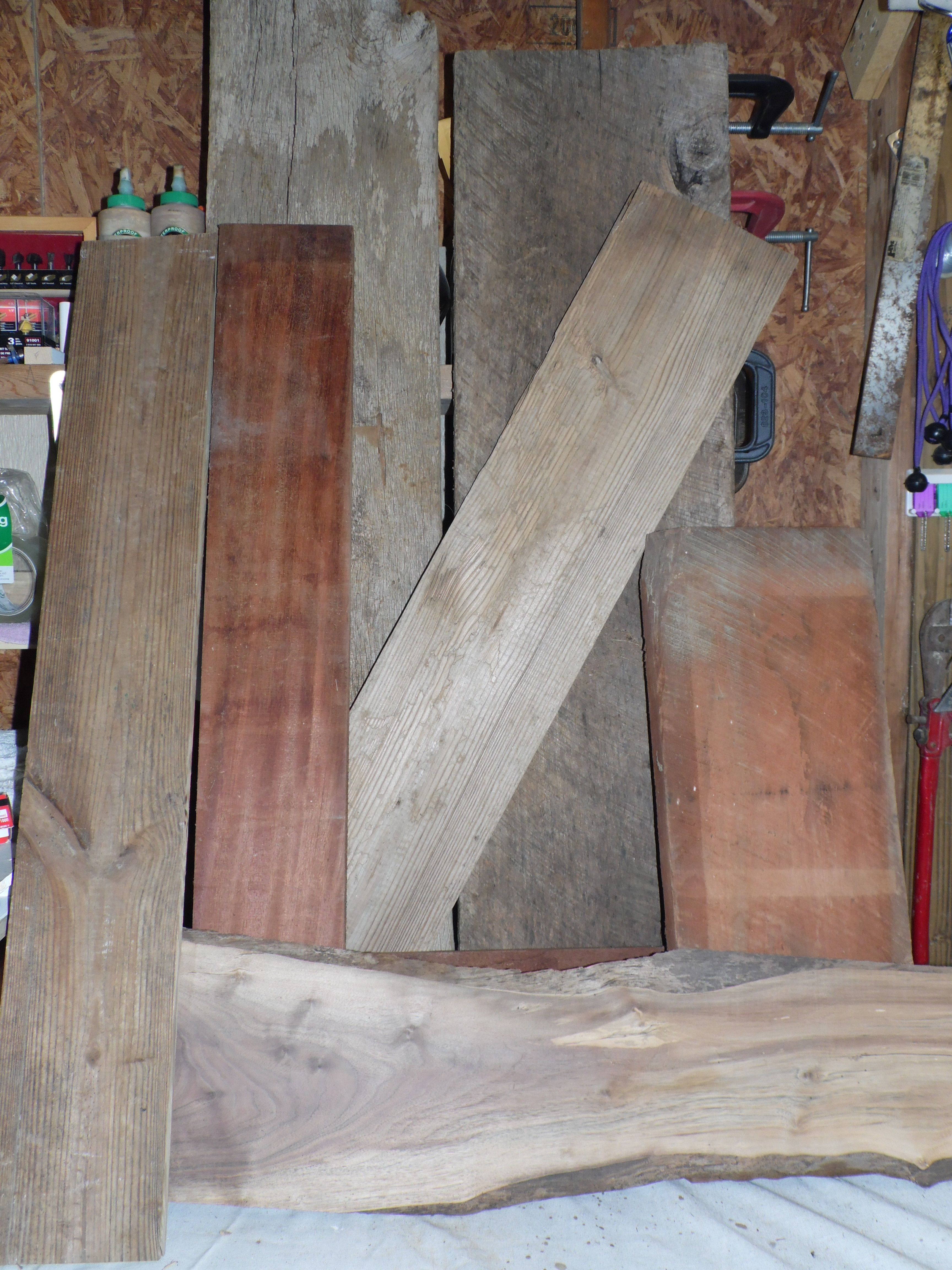Where to find old barn wood and reclaimed wood barn wood for Buy old barn wood