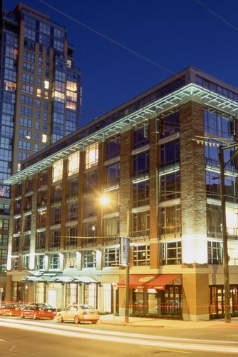 Opus Vancouver The In Downtown S Yaletown District Offers Guests Upscale Boutique Accommodations And A Location Near