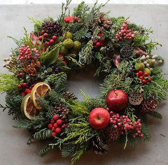 Fresh Christmas Wreath – K's flower novo #rustikaleweihnachten Fresh Christmas Wreath – K's flower novo #rustikaleweihnachtentischdeko