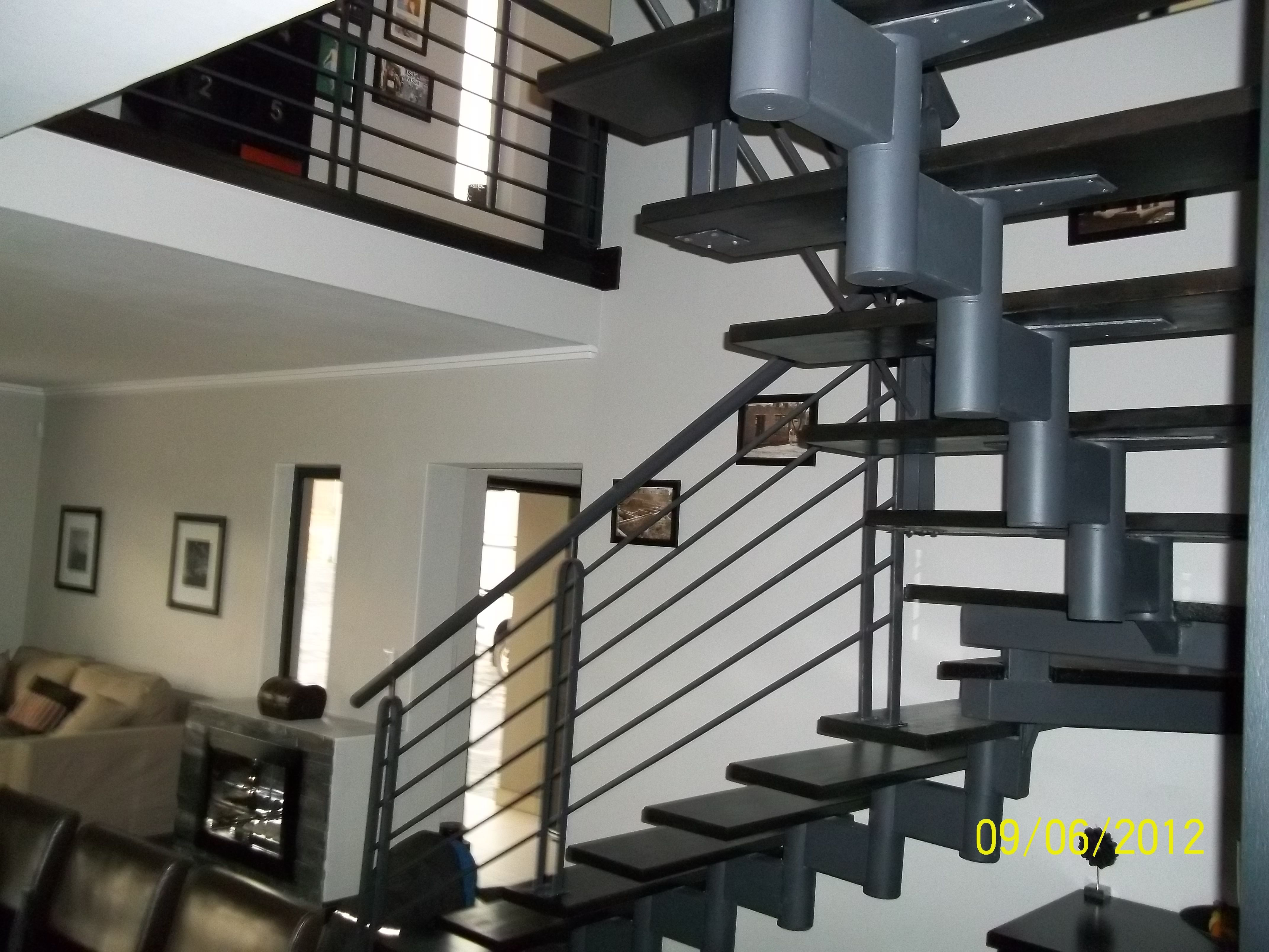 Best Modern Floating Steel And Timber Modular Staircase 400 x 300