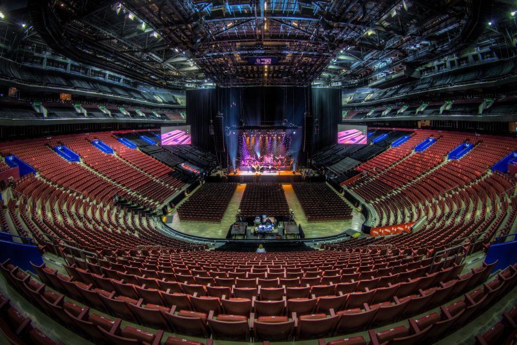 Twitter Mj Levin Just Finished Soundcheck Here Endless Summer Tour Concert Venue Tours