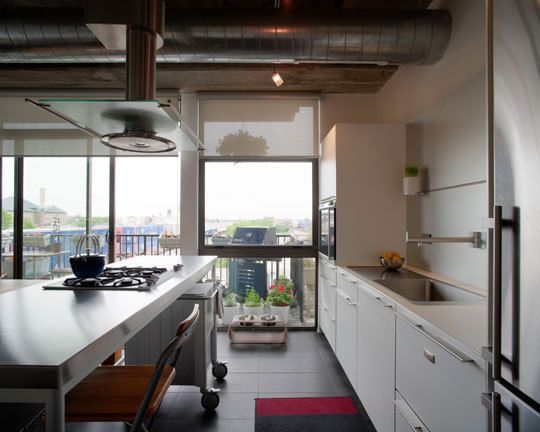 Art and Chelsea\'s kitchen in Chicago #bulthaup | Modern Kitchens ...
