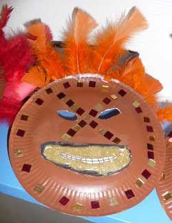 masque africain assiette en carton