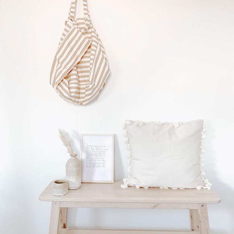 3 Tips Voor Het Stylen Van Een Houten Bankje Thuisdecoratie Decoraties Slaapkamerideeen