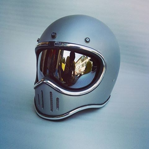 8f4f0c03 Pin by Mike Church on Motor Bikes   Motorcycle gear, Cool motorcycle helmets,  Cafe racer helmet