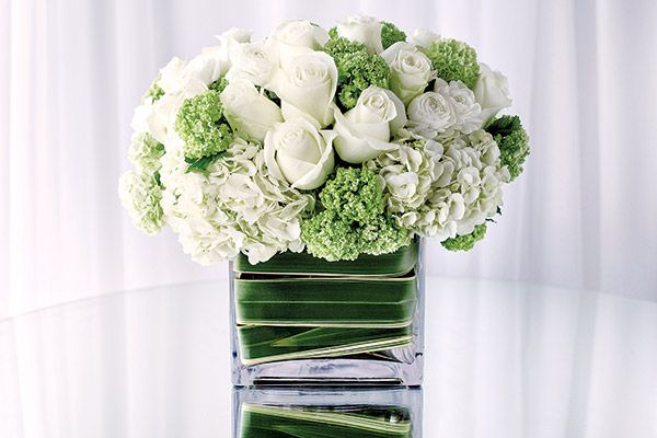 Hot Wedding Color for Spring: Green