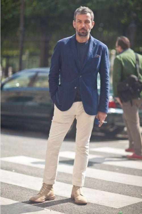 Chinos beige navy blazer Broken suit: