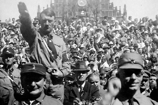 Hitler and Göring 1928