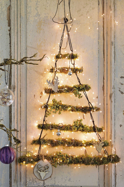 Go This Year For An Alternative Christmas Tree Intratuin Kerstboom Zelfgemaakte Kerstboom Doe Het Zelf Kerstboom