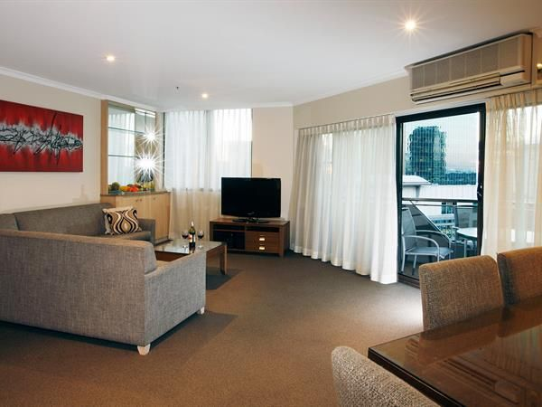 Deluxe Two Bedroom Executive Apartments 1 X Queen Bed And 2 X Single Beds Feature A Study Full Kitchen Loung Bedroom Two Bedroom Serviced Apartments