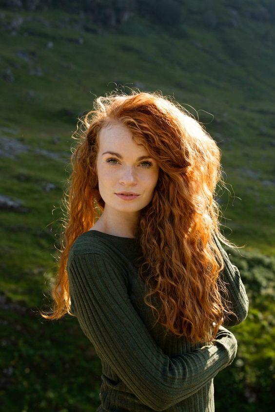 La belle irlandaise et ses boucles cuivrées