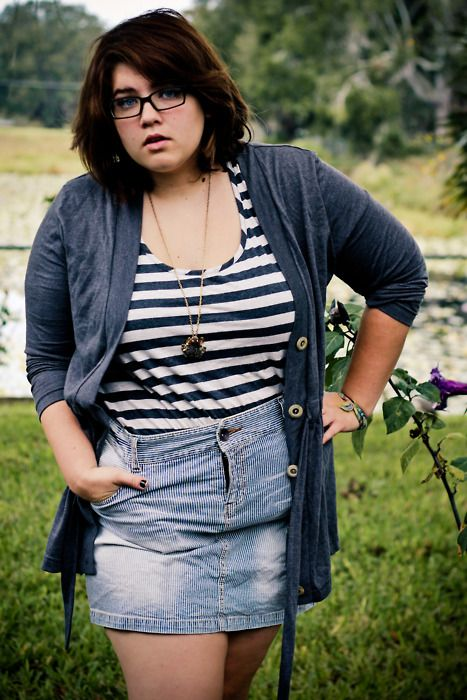 7b5be7e15a85 Gray long sleeved cardigan / striped scoop neck t-shirt / striped denim  mini skirt