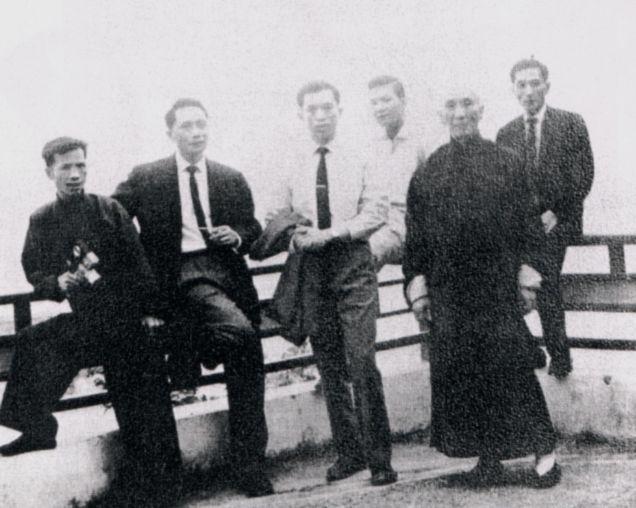 ip man with Chiu Van, Yip Bo Ching, Ho Huen, Yip Ching,Yip Chun