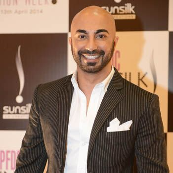 Exclusive Interview Of Famous Fashion Designer Hsy With Fashion Central Fashion Designers Famous Fashion Design Famous Fashion