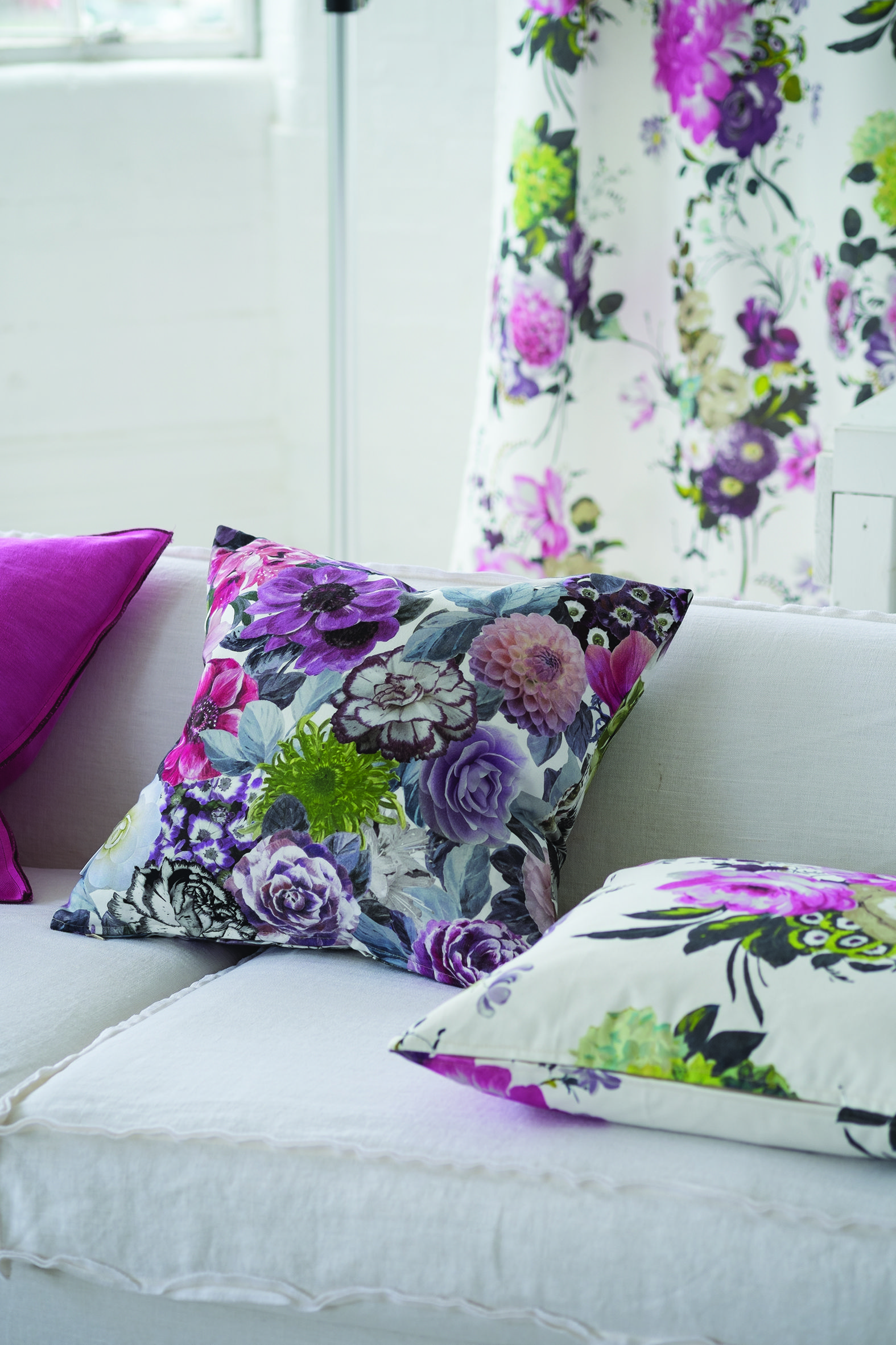 designers guild amrapali ii fabric print home. Black Bedroom Furniture Sets. Home Design Ideas