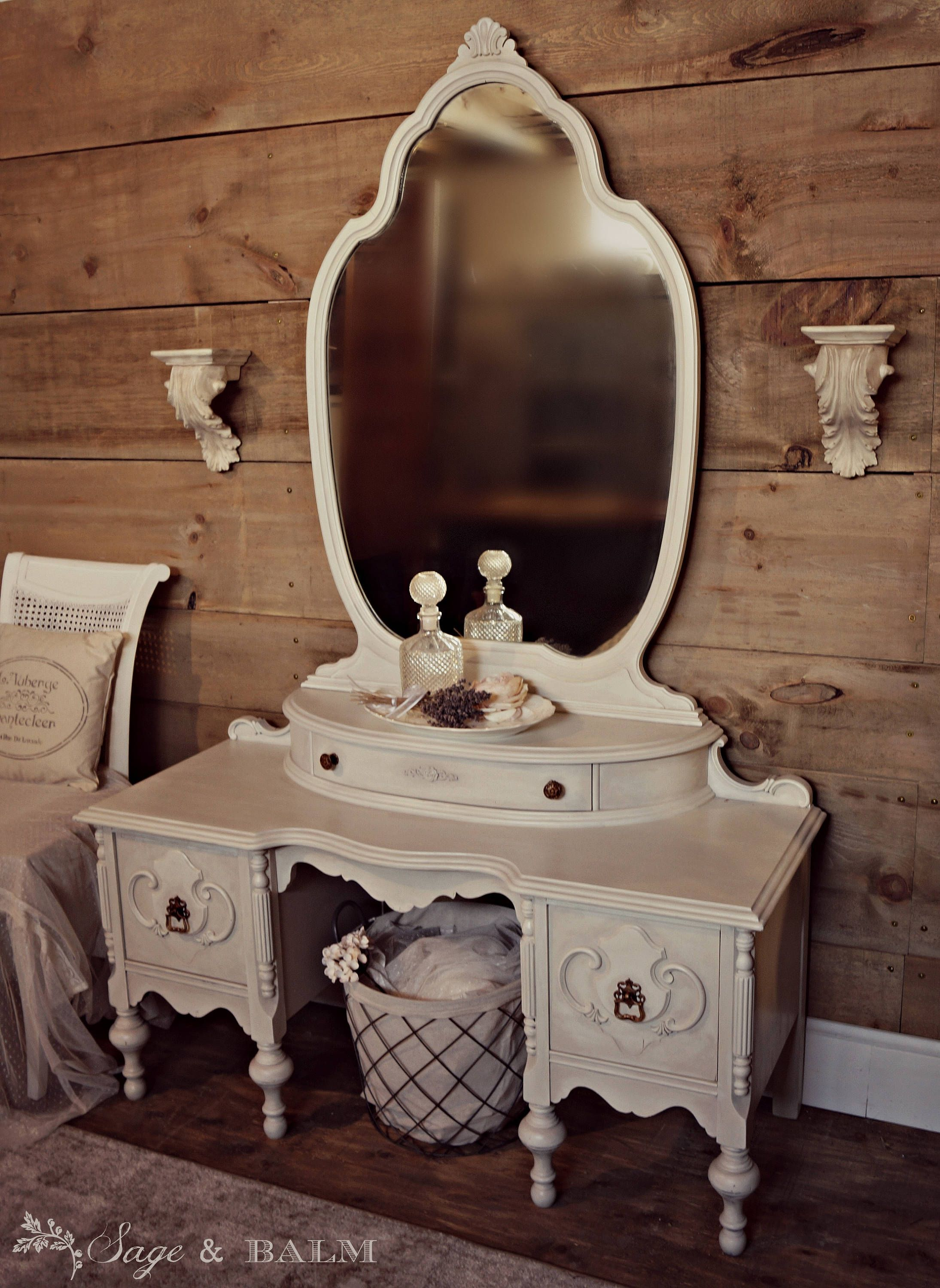 Sold French Provincial Painted Shabby Chic Vanity With Mirror Gustavian Antique White Painted Vanity Dressing Table Painted Desk Shabby Chic Decor Shabby Chic Vanity Shabby Chic Furniture