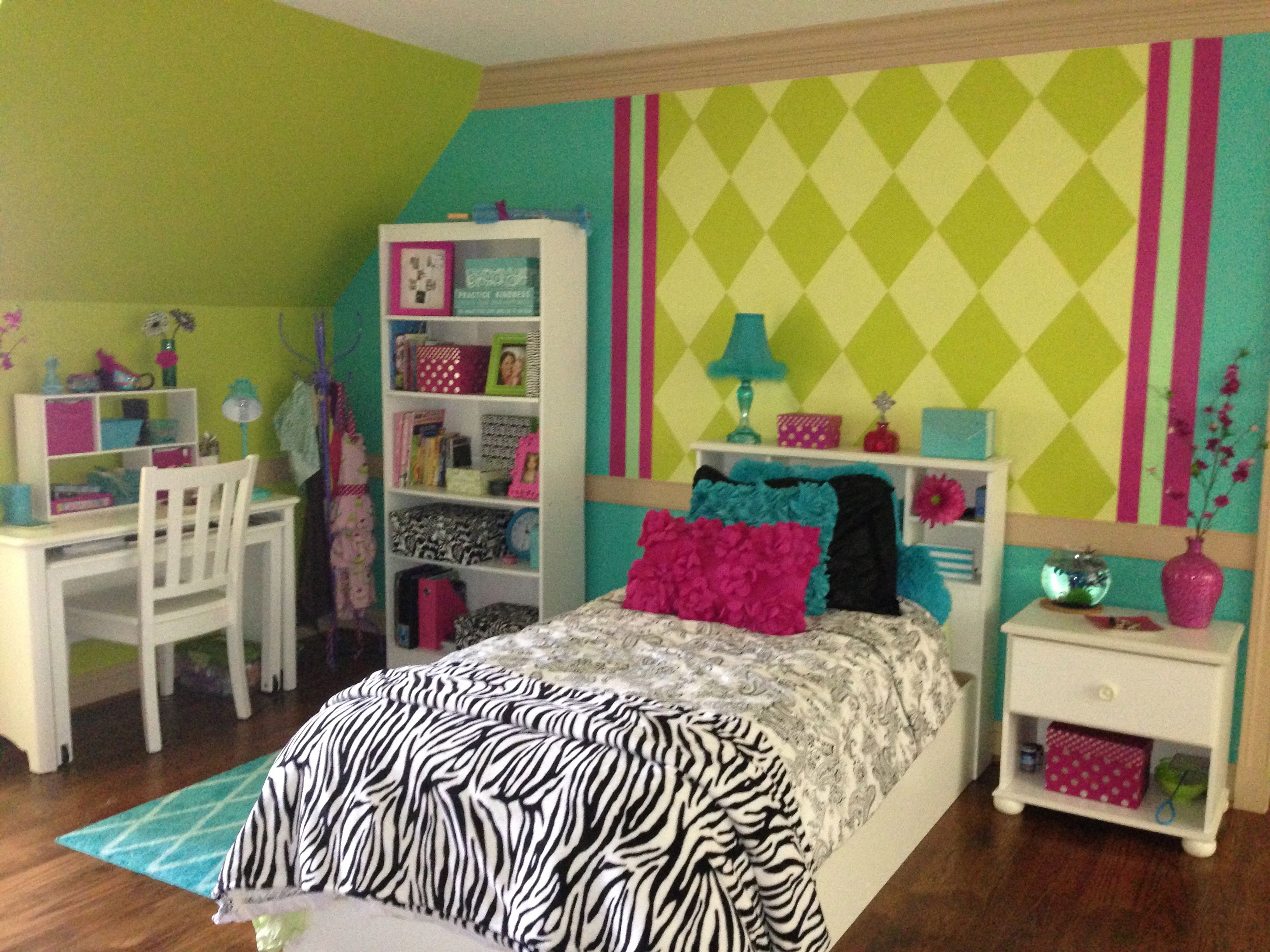 Girl Room Ideas For 9 Year Olds 9 year old wanted aqua and zebra | little girls' bedroom paint in