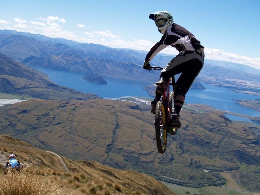 Jump Pixdaus Mountain Biking On Mountains With A View Vtt