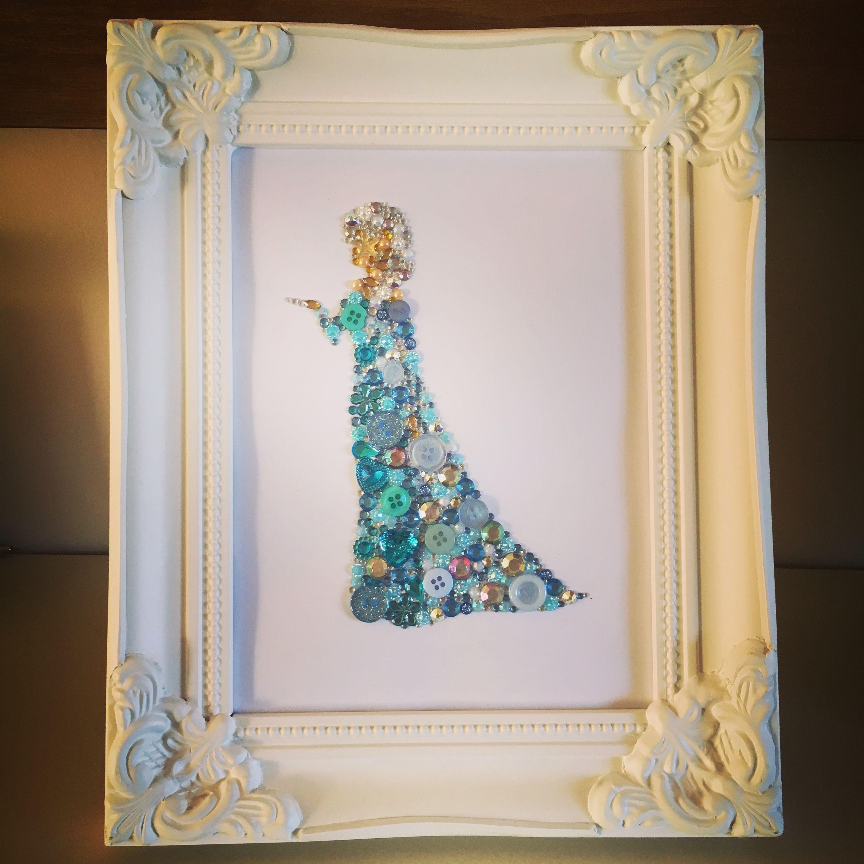 Queen Elsa ! By www.facebook.com/theshabbychicgeek. Handmade personalised gifts. Swarovski crystals & button frame. Button art. Frozen Disney gifts. #queenelsa #swarovski