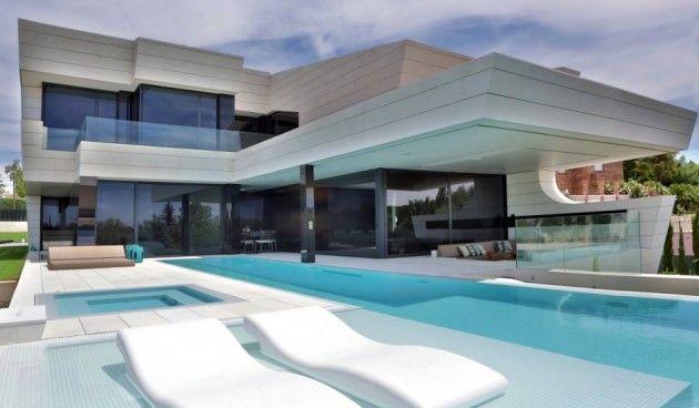 Maison design avec piscine à débordement Maison design, Piscines - Prix Gros Oeuvre Maison