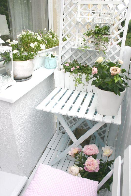 Podobny Obraz Container Flowers Flower Arrangements Spring Flowers
