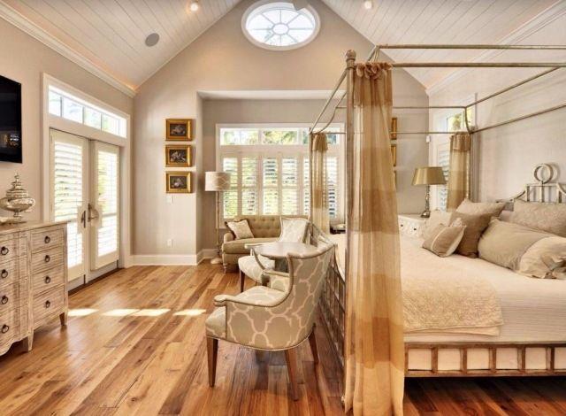 neutrale Farben sorgen für Gemütlichkeit im Schlafzimmer - schlafzimmer himmelbett