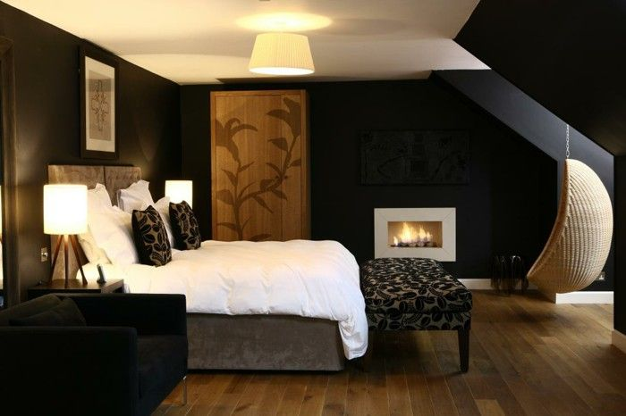 Black Wall Paint Brings Charm And Drama In The Interior Design ...