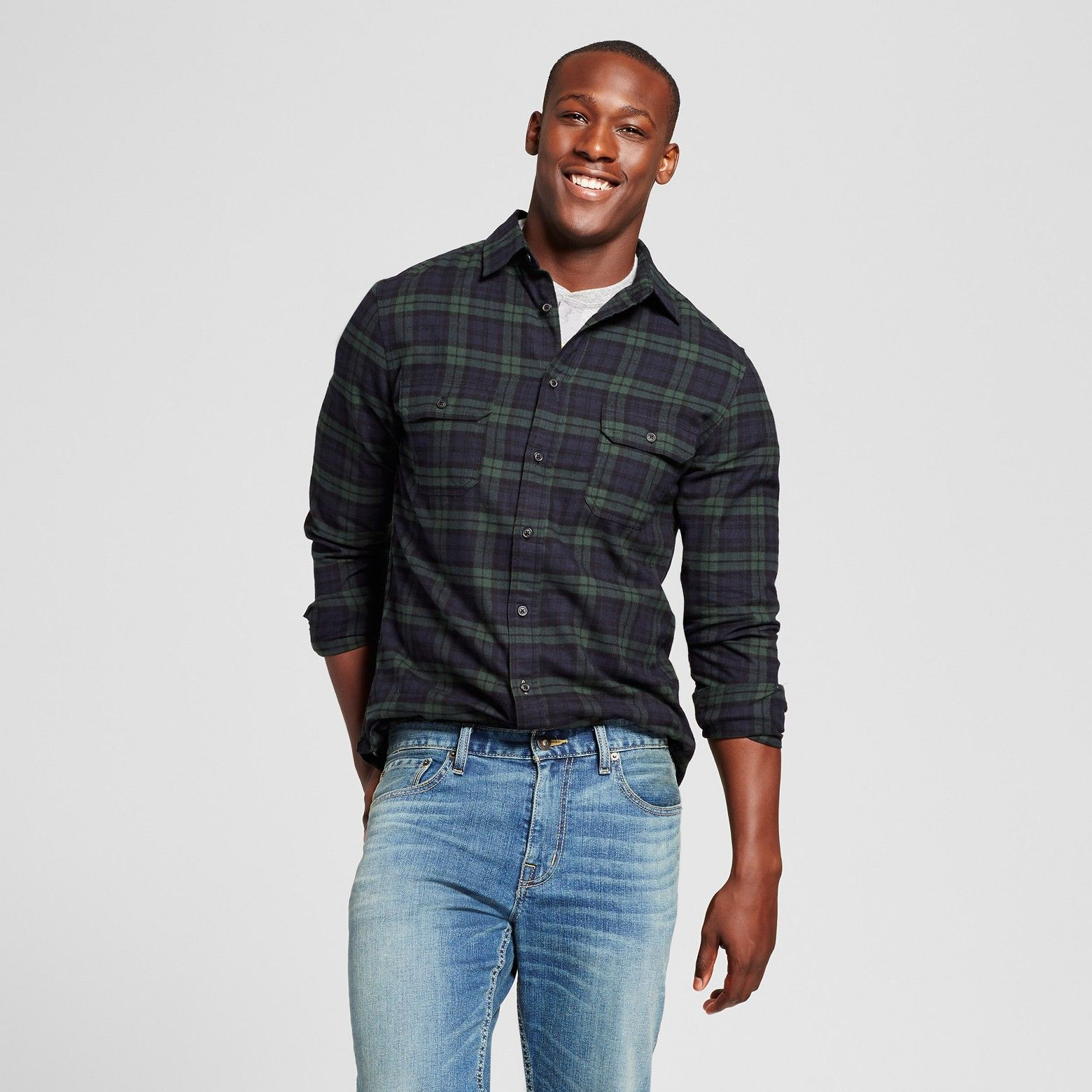 Dark green dress shirt  Classic lumberjack style has never been as chic as in this Twill