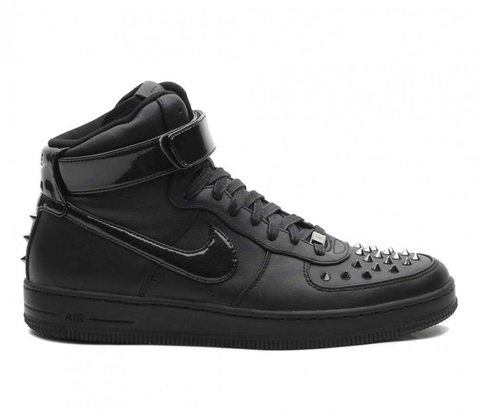 Nike Air Force 1 Downtown Hi Spike Black | Look, Sapatos, Looks