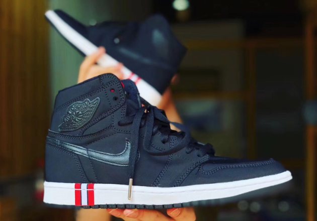 511fde3f26a First Look: Air Jordan 1 Retro High OG Paris Saint-Germain (PSG ...