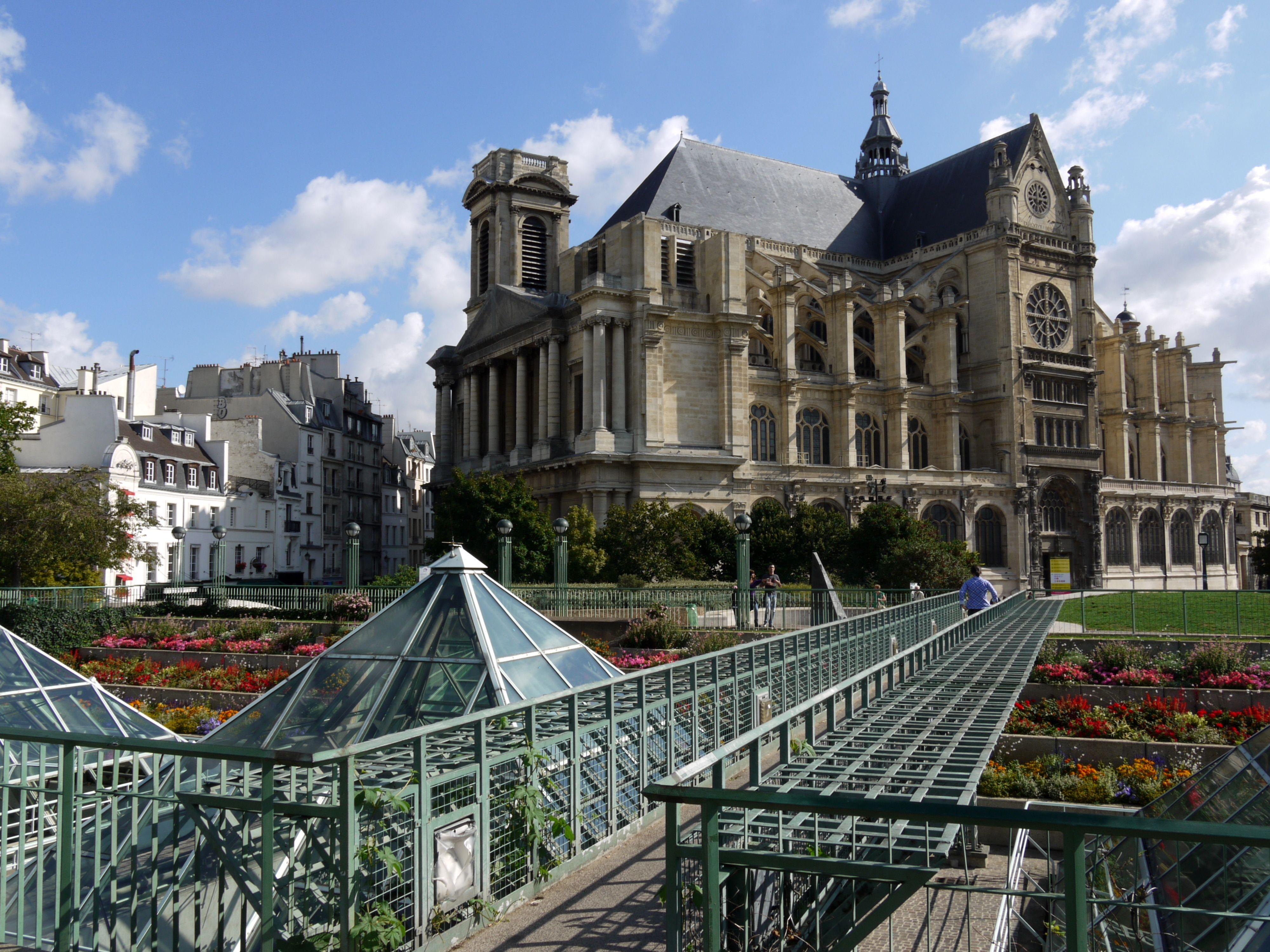 Saint Eustache Et Jardin Des Halles Paris 1eme Beautiful Places