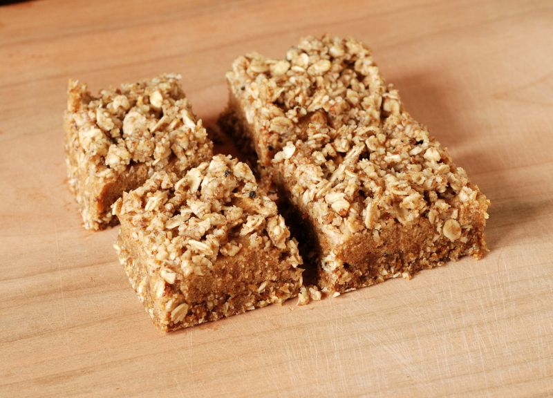No-Bake Date Squares & Giveaway for 100 Best Juices, Smoothies and Healthy Snacks