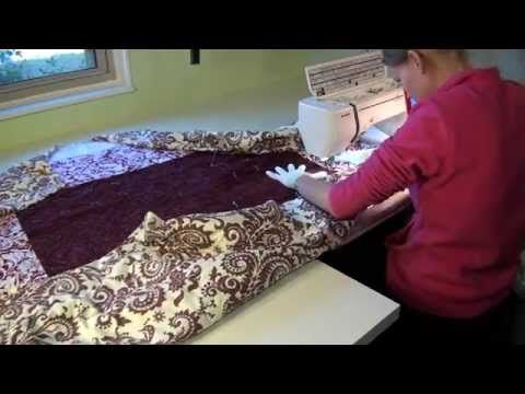 Learn how to move a large quilt on your home sewing machine ... : machine quilting a large quilt - Adamdwight.com