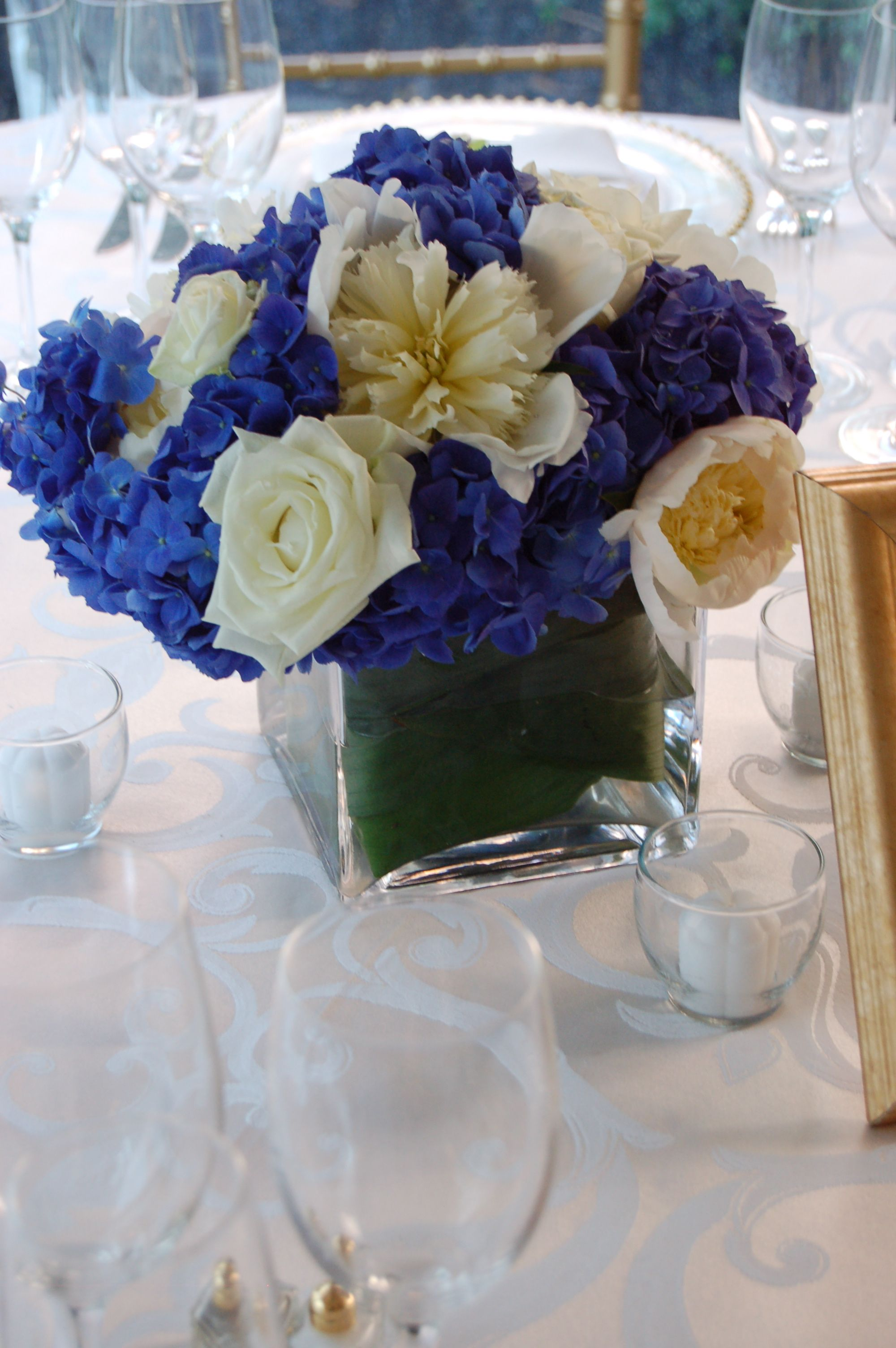 Amusing Navy Blue Wedding Centerpieces Theme With Seats
