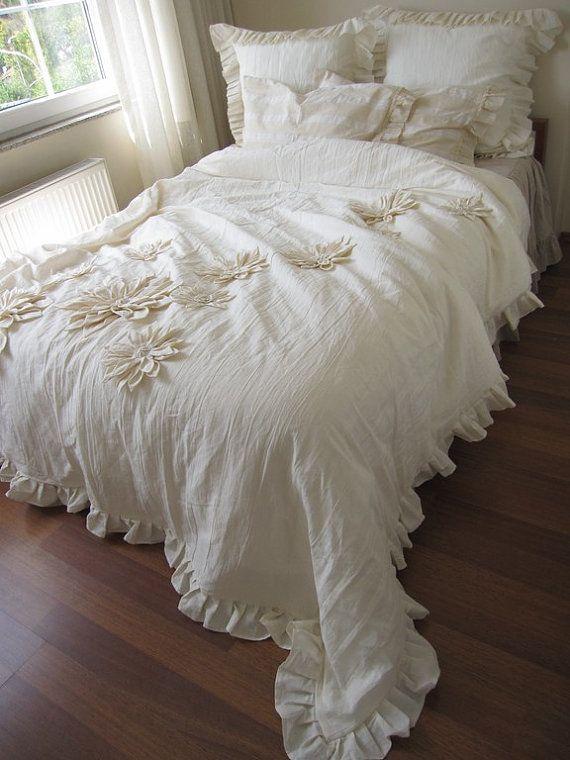 Dahlia Flower Applique Bohemian Bedding Shabby Chic Duvet Etsy Shabby Chic Duvet Shabby Chic Duvet Cover Small Bedroom Bed