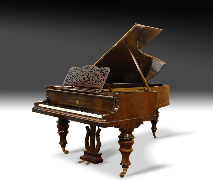 Old grand piano images galleries with for Aprire piani moderni