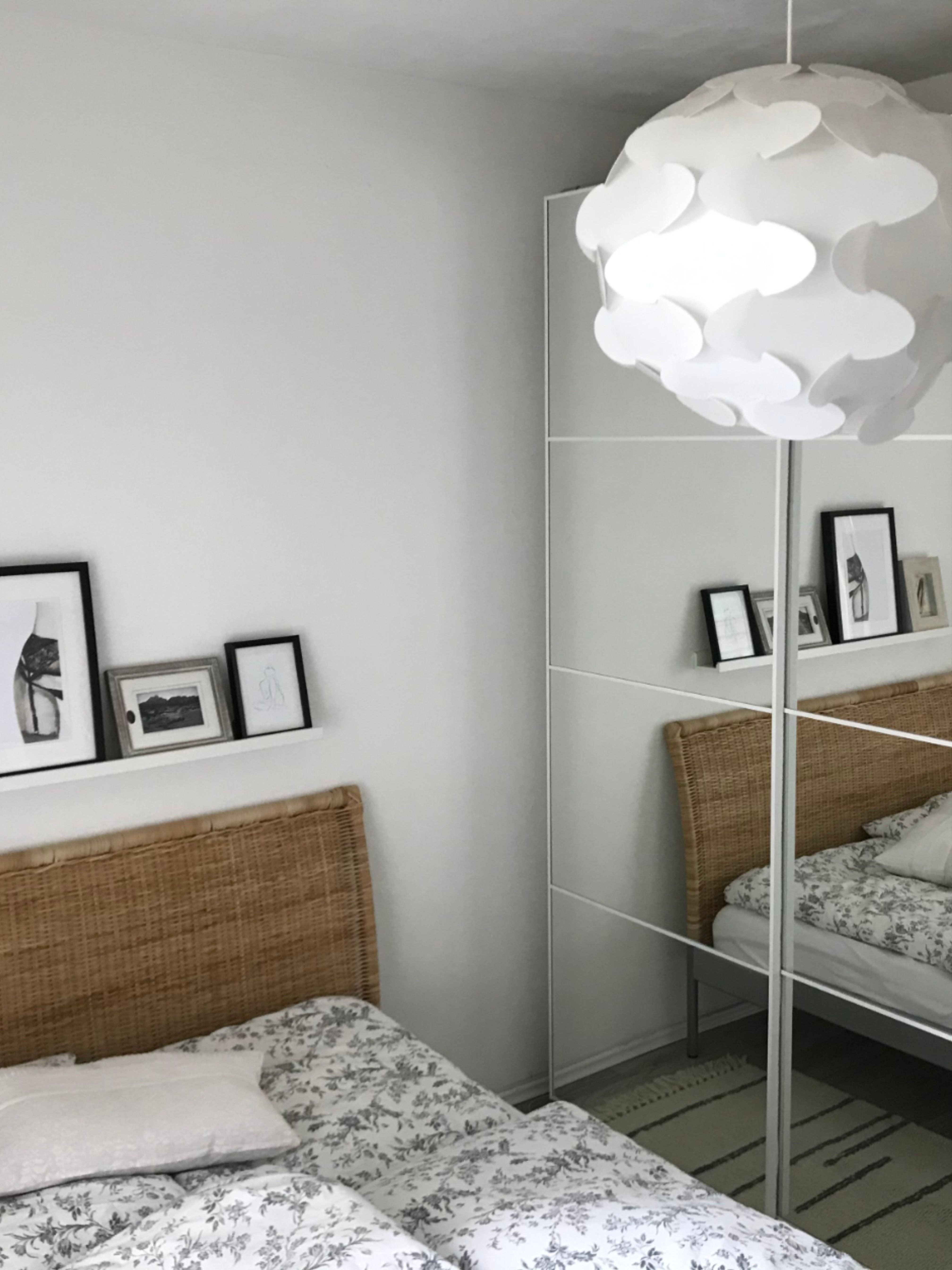 Schlichtes Schlafzimmer für bunte Träume